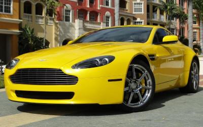Aston Martin V8 Vantage Yellow Colours